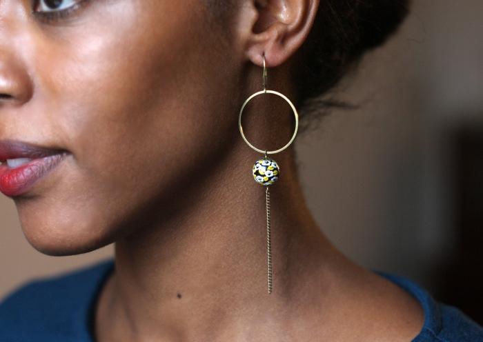 boucles d'oreille, jaune, noir, perle